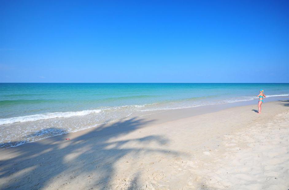 White Sand beach2