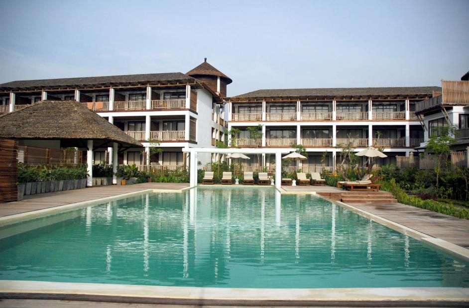 Aana Resort Spa