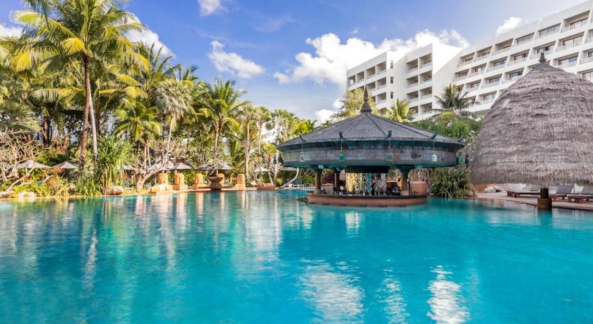 Moevenpick Resort Spa Karon Beach Phuket