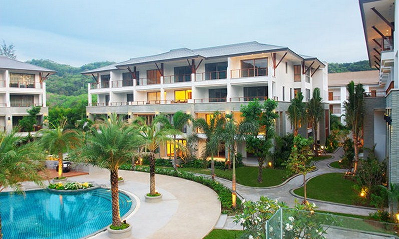Pearl of Naithon Resort