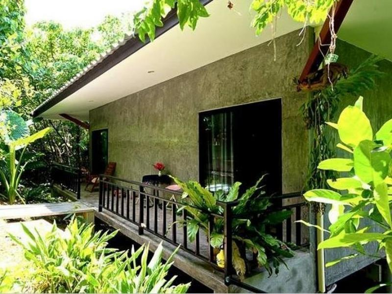 Phuket Point Bungalow