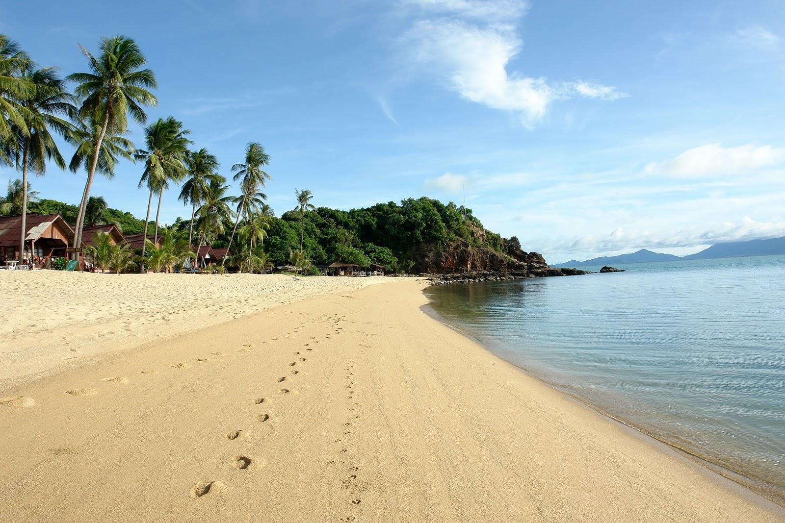 Maenam-Beach-3